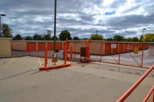 Image of Storage Rentals of America - Oak Creek - W Rawson Ave Facility on 1019 West Rawson Avenue  in Oak Creek, WI - View 3