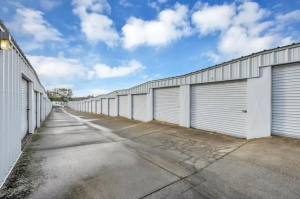 Image of Life Storage - Loomis - 3260 Taylor Road Facility on 3260 Taylor Road  in Loomis, CA - View 4