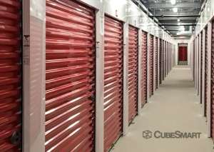 Image of CubeSmart Self Storage - IL Chicago Heights - West 14th Street Facility on 571 West 14th Street  in Chicago Heights, IL - View 4