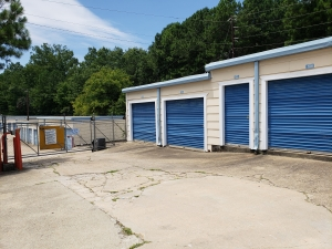 Image of A-1 Mini Storage - Six Flags Facility on 361 Riverside Parkway  in Austell, GA - View 2