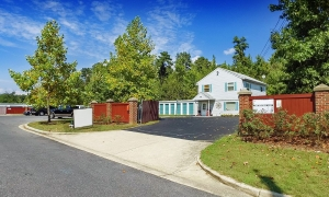 Image of Prime Storage - Bellefonte Place Facility on 7908 Bellefonte Place  in Clinton, MD - View 3
