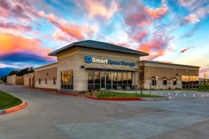 Image of Smart Space - Cedar Hill Facility at 864 East Belt Line Road  Cedar Hill, TX