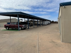 Image of Budget Mini Storage Facility on 816 West State Highway 152  in Mustang, OK - View 2