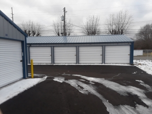 Image of Area U Lock Facility on 3721 Colfax Street  in Gary, IN - View 3