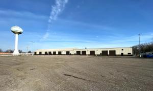 Image of 120 Walnut Lane Facility on 120 Walnut Lane  in Colona, IL - View 4