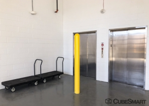 Image of CubeSmart Self Storage - OH Hilliard Brown Park Rd Facility on 3927 Brown Park Drive  in Hilliard, OH - View 2