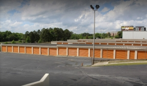 Image of Max Storage Facility on 1955 Dove Street  in Macon, GA - View 3