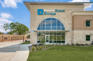 Image of Smart Space - Colleyville Facility on 8060 Precinct Line Road  in Colleyville, TX - View 2