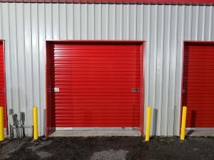 Image of Bo's Self Storage - Cedar Dr. Facility on 3045 Cedar Drive  in La Marque, TX - View 4