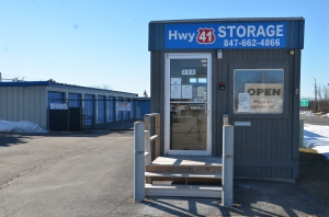 Image of Highway 41 Self Storage Facility at 300 OLD SKOKIE ROAD  Park City, IL