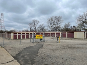 Image of GT Storage Holdings Facility on 2540 South Grand Traverse Street  in Flint, MI - View 3