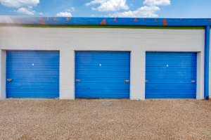 Image of Otter Self Storage - Shiloh Garland Facility on 3926 South Shiloh Road  in Garland, TX - View 2
