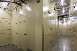 Storage King USA - 077 - Santa Clarita - Newhall - Photo 5