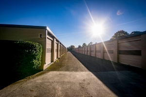 Image of Rent-A-Space-Roanoke 460 Facility on 1524 Patrick Road Northeast  in Roanoke, VA - View 4