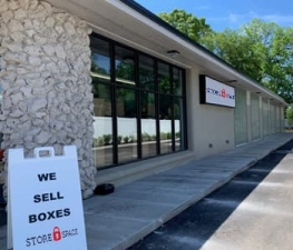 Image of Store Space Self Storage - #1049 Facility at 1820 Kings Avenue  Jacksonville, FL