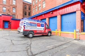 Image of Treasure Island - Paterson Facility on 404 Grand Street  in Paterson, NJ - View 4