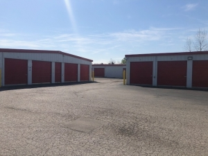 Image of The Store House Facility on 2425 Mitthoeffer Road  in Indianapolis, IN - View 2