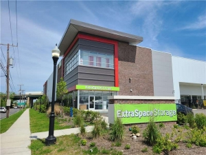 Image of Extra Space Storage - Hackensack - River St Facility at 374 South River Street  Hackensack, NJ