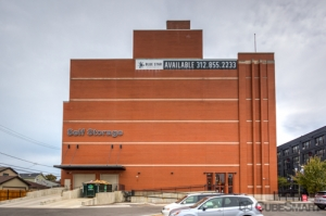 Image of CubeSmart Self Storage - IL Chicago 35th Street Facility on 1038 West 35th Street  in Chicago, IL - View 2