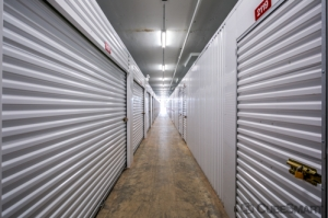 Image of CubeSmart Self Storage - IL Chicago 35th Street Facility on 1038 West 35th Street  in Chicago, IL - View 3