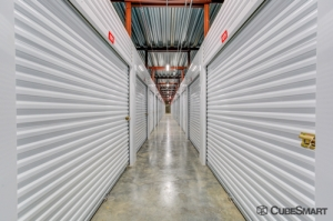 CubeSmart Self Storage - IL Wheaton E Roosevelt Road - Photo 5