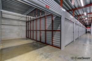 CubeSmart Self Storage - IL Wheaton E Roosevelt Road - Photo 7