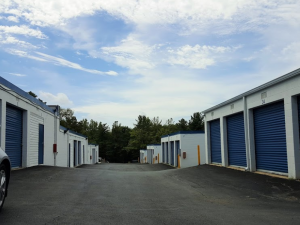 Image of Storage Rentals of America - Temple Hills - Beech Place Facility on 5061 Beech Place  in Temple Hills, MD - View 2