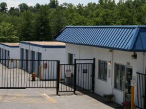 Image of Storage Rentals of America - Temple Hills - Beech Place Facility on 5061 Beech Place  in Temple Hills, MD - View 3