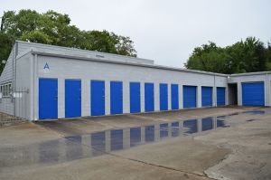 A1 Storage - Photo 3