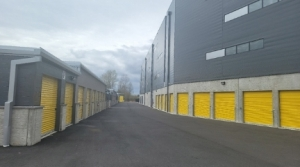 Image of Best Storage NW Facility on 16290 Auto Lane  in Sumner, WA - View 3