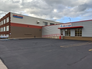 Image of Devon Self Storage - DBA Facility on 1400 Buchanan Avenue Southwest  in Grand Rapids, MI - View 3