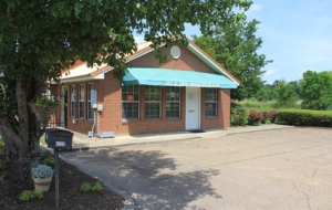 Image of Hy & Dry Self Storage Facility at 4735 Robinson Road  Jackson, MS