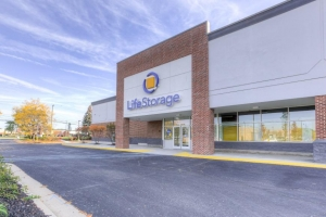 Image of Life Storage - Sterling Heights - 2206 18 Mile Road Facility at 2206 18 Mile Road  Sterling Heights, MI