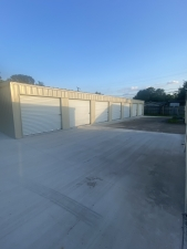 Image of LeJeune's Logistics and Services (LL&S) Facility on 2721 Taft Avenue  in Groves, TX - View 2