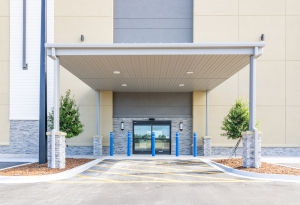 Image of Atlantic Self Storage - Palm Gate Facility on 7490 Gate Parkway  in Jacksonville, FL - View 3