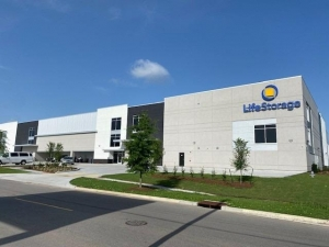 Image of Life Storage - Kenner - 1529 32nd Street Facility at 1529 32nd Street  Kenner, LA