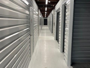 Image of Life Storage - Kenner - 1529 32nd Street Facility on 1529 32nd Street  in Kenner, LA - View 4