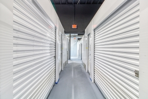 Image of Waterford Storage House Facility on 932 West Huron Street  in Waterford Township, MI - View 2