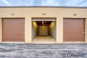 Image of CubeSmart Self Storage - PA Frazer Lancaster Ave Facility on 641 Lancaster Avenue  in Frazer, PA - View 4