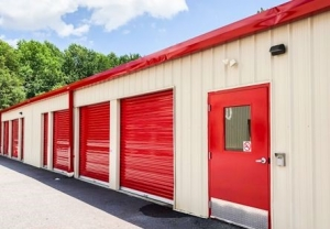 Image of Prime Storage - Greenville Haywood Rd. Facility on 450 Haywood Road  in Greenville, SC - View 3