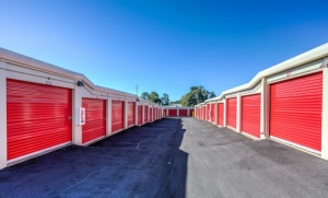 Image of Prime Storage - Greenville Old Buncombe Rd. Facility on 1900 Old Buncombe Road  in Greenville, SC - View 4