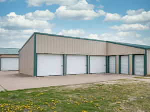 Image of Storage Rentals of America - Bettendorf - Valley Dr. Facility on 5507 Valley Drive  in Bettendorf, IA - View 3