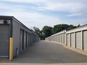 SpareBox Storage – Bentonville - Photo 4