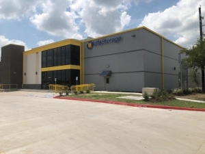 Image of Life Storage - Pearland - 2075 Kingsley Drive Facility at 2075 Kingsley Drive  Pearland, TX