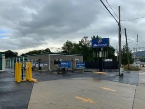 Image of Life Storage - Huntsville - 315 Oakwood Avenue Northeast Facility at 315 Oakwood Avenue Northeast  Huntsville, AL