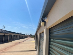 Life Storage - Oklahoma City - 1401 Northwest 122nd Street - Photo 3