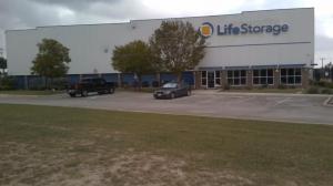 Image of Life Storage - San Antonio - 16939 Nacogdoches Road Facility on 16939 Nacogdoches Road  in San Antonio, TX - View 3