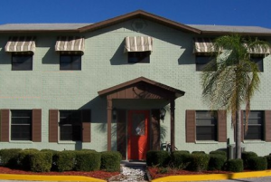 Image of Master Key Mini Storage Facility on 24275 US Highway 19 N  in Clearwater, FL - View 3
