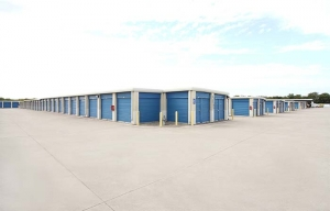 Image of RightSpace Storage - Murphy Facility on 231 W FM 544  in Murphy, TX - View 3