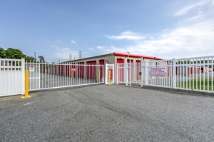 CubeSmart Self Storage - Egg Harbor Twp - 6600 Delilah Rd - Photo 12